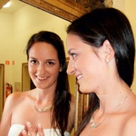 Nekdanja barovka,  pevka Jasna Jug  Stanič, je tudi tokrat  pevsko navdušila.  (foto: ALPE)