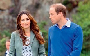Princ William s sinom prvič obiskal Dianin grob