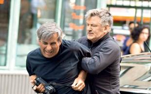 Alec Baldwin že na prostosti - prijeli so ga zaradi pretepa!