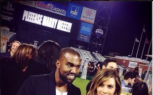 Trenutek, ko je Kanye Kim zaprosil za roko