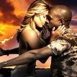 Vroča Kim zgoraj brez v Kanyevem videospotu