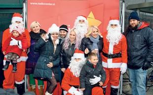 Estradniki prisostvovali spustu Božičkov s Pediatrične klinike