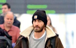 Jake Gyllenhaal je spet samski