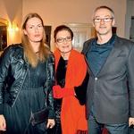 Uživali so do konca: novinarka  Liana Buršič, tekstopiska Elza  Budau in fotograf Hugo  Šekoranja.  (foto: Zaklop.com)