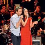 Na odru se je Nani  pridružil tudi  voditelj in igralec  Klemen Slakonja. (foto: Zaklop.com)