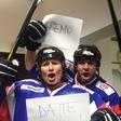 """Ana in Štefko v hokejski opremi: """"Gremo Risi!"""""""