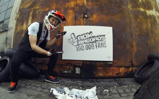 Rok Bagoroš je svojim KTM Dukom narisal sliko