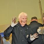 Razigrani Andrej  Šifrer si je na obrazu  z veseljem naredil  čokoladne bojne  črte.  (foto: Sašo Radej)