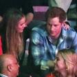 Nekdanje dekle princa Harryja pred oltar - prav tako s Harryjem!