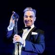 Robbie Williams: Brez menedžerjev bi bil mrtev