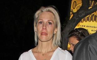 Jezna in objokana Jennie Garth zapustila nočni klub