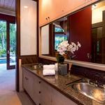 Iz kopalnice lahko stopiš naravnost na vrt. (foto: Profimedia)