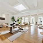 Velika in svetla dnevna soba (foto: Profimedia)