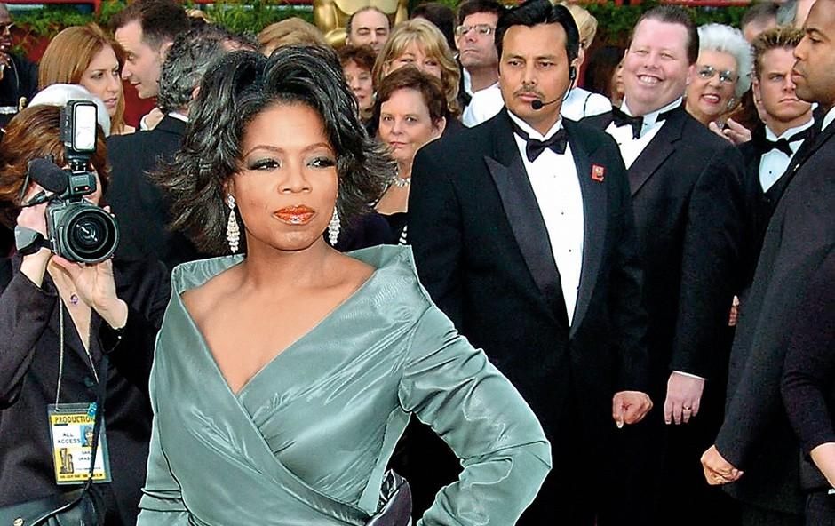 Oprah Winfrey je že pri devetih  letih postala žrtev spolnih zlorab,  pet let pozneje pa je povila sina,  ki je kmalu po rojstvu umrl. (foto: Profimedia)
