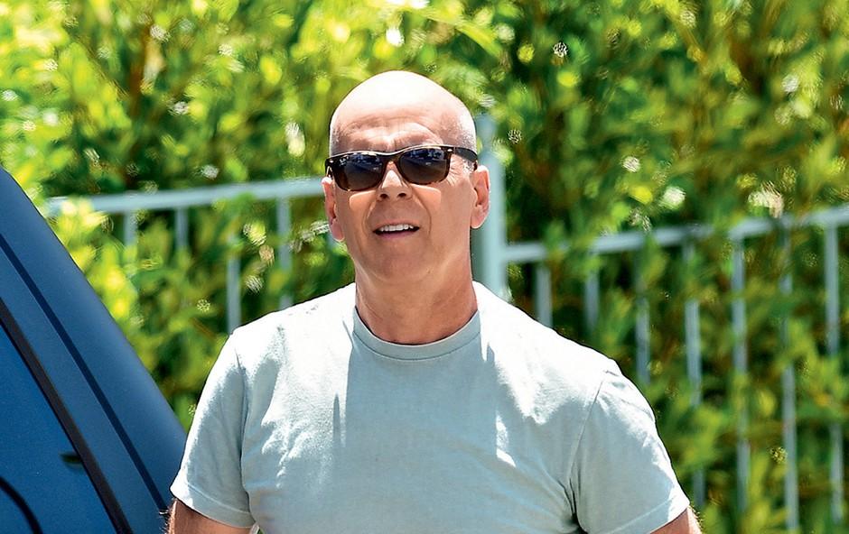 Bruce je umirjen družinski človek, ki obožuje očetovsko vlogo.   (foto: Profimedia)