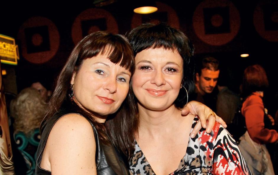 Violeta Tomić in Lara Jankovič (foto: Sašo Radej)