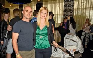 Marika Savšek je pokazala hčerkico