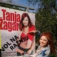 Tanja Žagar se šali iz tega, da je vol na ražnju!