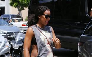 Kelly Rowland je pokazala nosečniški trebušček