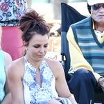 Britney Spears se je nerodno usedla in polepšala dan paparacom. (foto: Profimedia)