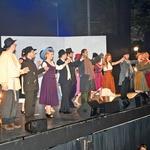 Ekipa muzikala Cvetje v jeseni je na premieri v Križankah dobila dolg in zaslužen aplavz.  (foto: Sašo Radej)