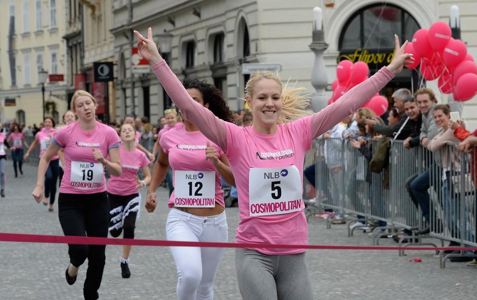 Osmi tek v petkah je najhitreje pretekla Kaja Bajda (foto: Primož Predalič, Helena Kermelj)