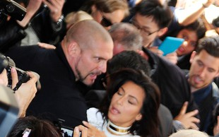 Kim Kardashian v Parizu žrtev napada!