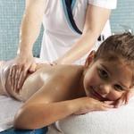 V LifeClass čaka malčke tudi sproščanje z masažo (foto: LifeClass)