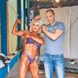 Simona Kern: Borut jo spodbuja pri gradnji mišic