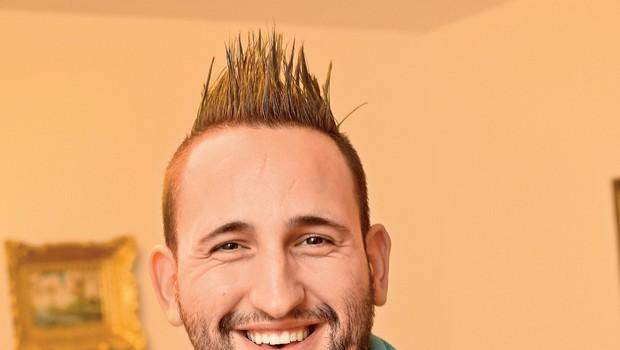 """Almir Begić: """"Moj cilj je majhna gostilna, kjer se lahko posvetim gostom"""" (foto: Revija Lea)"""