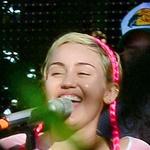 Kaj kadi Miley Cyrus? (foto: profimedia)