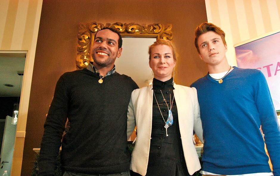 Luka se je pridružil  zvezdnikom, ki že imajo  svoj odtis dlani na  verižici. Med njimi je tudi  Marcos Tavares.  (foto: M.M.)