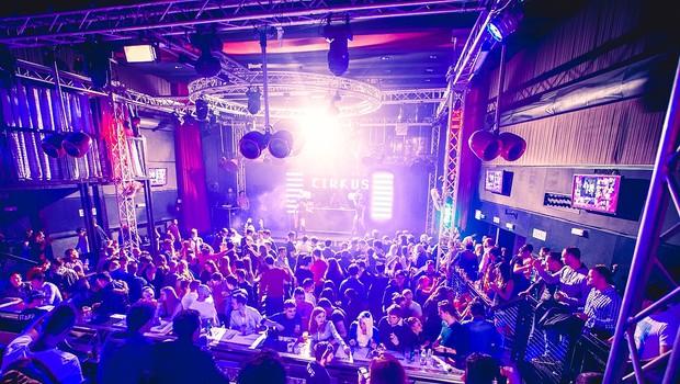 V klubu Cirkus že v drugo Fashionista Clubbing  (foto: Marko Delbello Ocepek)