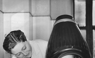 Zabavni in bizarni foto trenutki poznih tridesetih let!