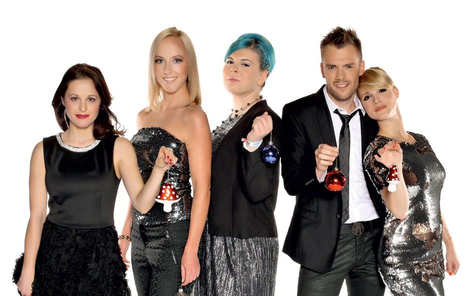 Spoznajte ekipo priljubljene družabne rubrike Pop in oddaje 24UR (foto: POP Tv)