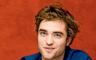 Robert Pattinson in izbranka ne marata pozornosti