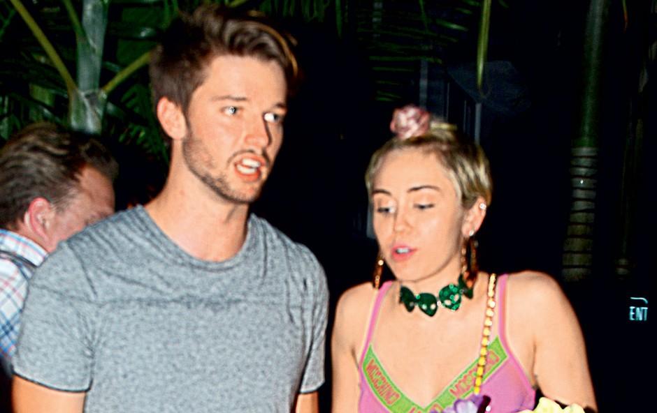 Miley Cyrus njen novi fant navdihuje, trdi astrologinja (foto: profimedia)