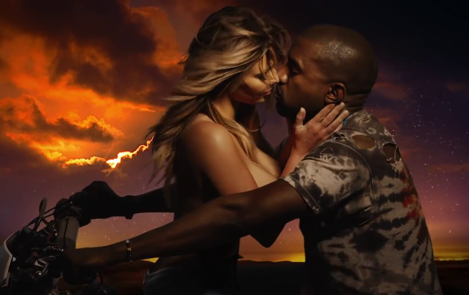 Kim in Kanye to počneta kar na motorju (foto: Kanye West VEVO)