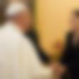 Papež Frančišek si je film Neuklonljiv ogledal na posebni projekciji v Vatikanu