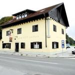 Andrej ima gostilno v Kranju. (foto: Helena Kermelj, Goran Antley, osebni arhiv)