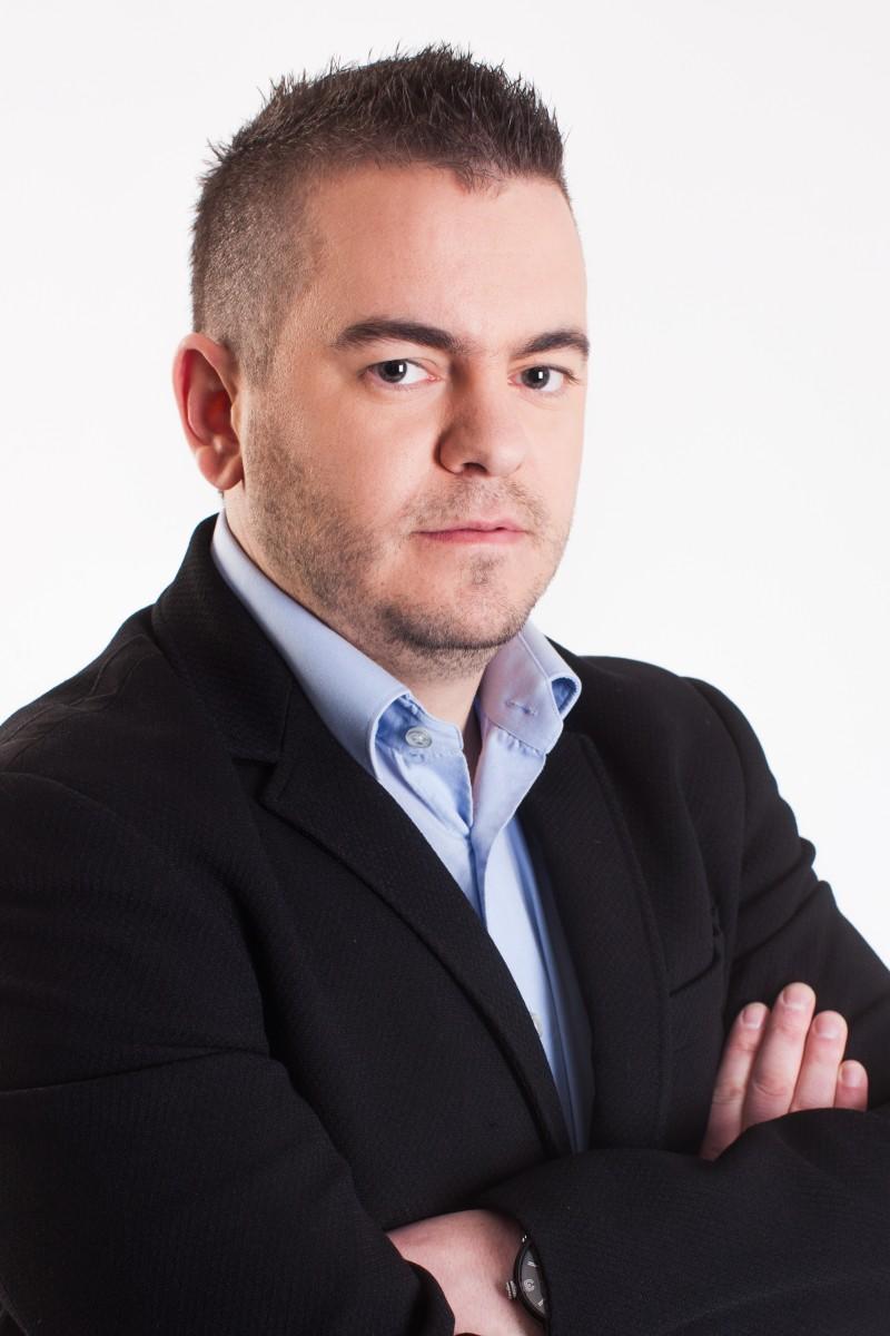 Kdo je Denis Vikić, ki bo menedžer najbolj znanega bara v Ljubljani? (foto: Planet Tv)