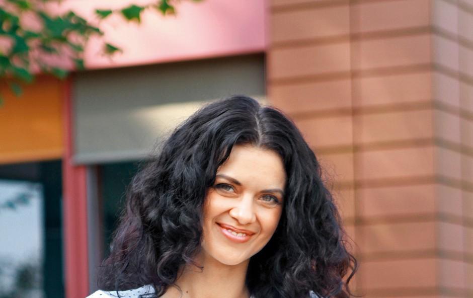 Nina Osenar (foto: Sašo Radej, Goran Antley, Planet TV, osebni arhiv)