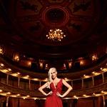 Odlična sopranistka Nataša Zupan je v veselem pričakovanju druge deklice. (foto: Tibor Golob, Jure Blažin)