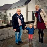 Z možem Andrejem imata krasno hčerko Arbo. (foto: Tibor Golob, Jure Blažin)
