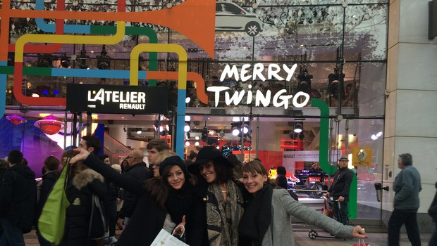 Zmagovalna skupina Twingospodičen je obiskala Pariz (foto: Renault)