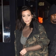 Kim Kardashian ujeli tako opito, da so ji morali pomagati v avto