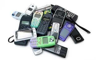 13 prigod, ki so vam znane, če ste imeli mobilni telefon dvajset let nazaj
