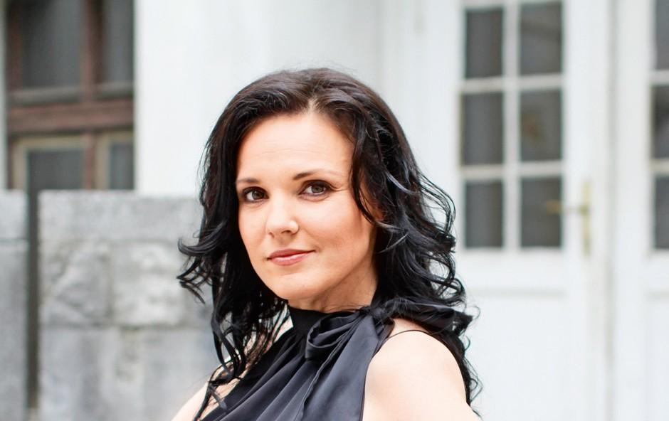 Alenka Gotar shujšala za 10 kilogramov! (foto: Lea)
