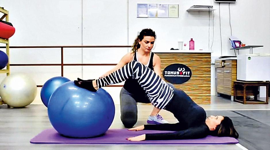 Maja skrbi za svoj  videz in tudi v  nosečnosti ne  zapostavlja zdrave  športne aktivnosti.  (foto: Aleš Pavletič)