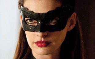 Ups, Catwoman je biseksualka?
